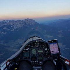 Verortung via Georeferenzierung der Kamera: Aufgenommen in der Nähe von Altenberg an der Rax, Österreich in 2000 Meter