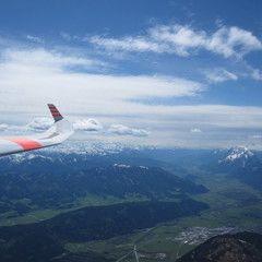 Flugwegposition um 12:26:37: Aufgenommen in der Nähe von Gemeinde Ardning, Österreich in 2422 Meter
