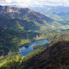 Flugwegposition um 14:39:04: Aufgenommen in der Nähe von Gemeinde St. Wolfgang im Salzkammergut, Österreich in 2147 Meter