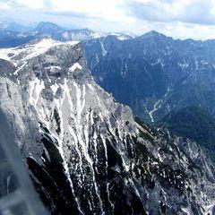 Flugwegposition um 11:41:08: Aufgenommen in der Nähe von Hall, 8911, Österreich in 2433 Meter