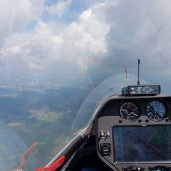 Flugwegposition um 09:23:33: Aufgenommen in der Nähe von Freyung-Grafenau, Deutschland in 1789 Meter