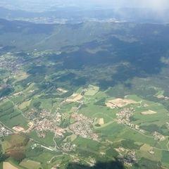 Verortung via Georeferenzierung der Kamera: Aufgenommen in der Nähe von Regen, Deutschland in 2200 Meter