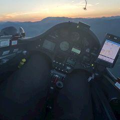 Flugwegposition um 18:48:39: Aufgenommen in der Nähe von Gemeinde Langenwang, Österreich in 1336 Meter
