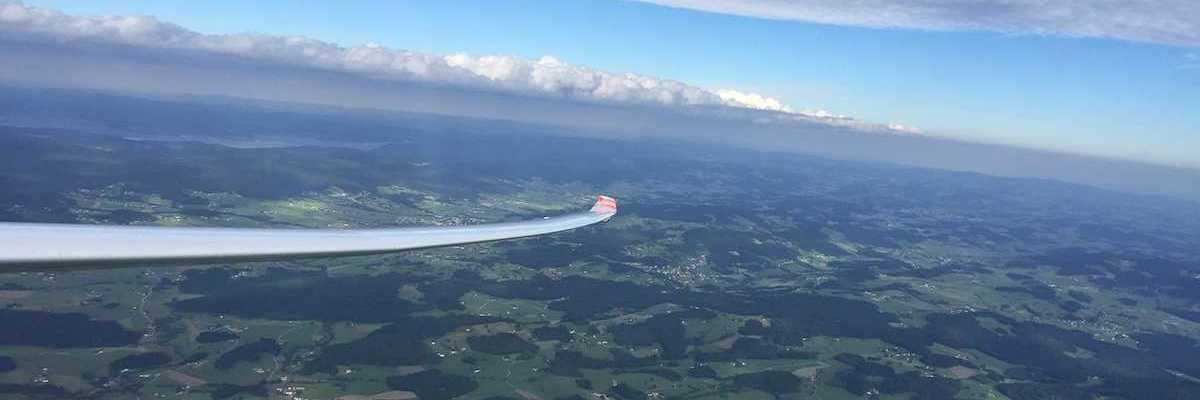 Verortung via Georeferenzierung der Kamera: Aufgenommen in der Nähe von Passau, Deutschland in 2200 Meter