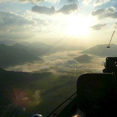 Flugwegposition um 02:58:28: Aufgenommen in der Nähe von Donnersbach, Österreich in 2011 Meter