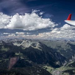 Flugwegposition um 11:30:00: Aufgenommen in der Nähe von Gemeinde Schmirn, 6154, Österreich in 3244 Meter