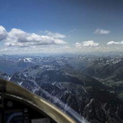 Flugwegposition um 11:52:48: Aufgenommen in der Nähe von Gemeinde St. Sigmund im Sellrain, Österreich in 3196 Meter