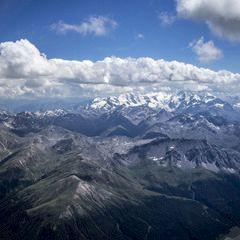 Flugwegposition um 12:12:01: Aufgenommen in der Nähe von Gemeinde St. Leonhard im Pitztal, 6481, Österreich in 3596 Meter