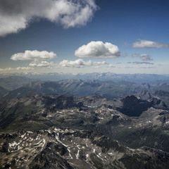 Flugwegposition um 12:14:13: Aufgenommen in der Nähe von Gemeinde St. Leonhard im Pitztal, 6481, Österreich in 3793 Meter