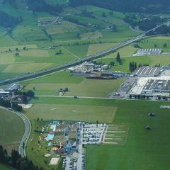 Flugwegposition um 15:30:32: Aufgenommen in der Nähe von Gemeinde Flachau, Österreich in 1148 Meter