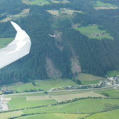 Flugwegposition um 15:36:59: Aufgenommen in der Nähe von Gemeinde Radstadt, Österreich in 1338 Meter