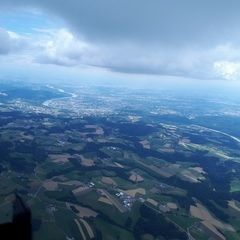 Verortung via Georeferenzierung der Kamera: Aufgenommen in der Nähe von Gemeinde Gramastetten, Österreich in 2000 Meter