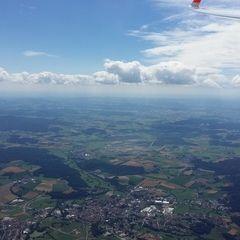Flugwegposition um 12:38:26: Aufgenommen in der Nähe von Okres Domažlice, Tschechien in 2027 Meter