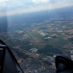 Flugwegposition um 14:56:38: Aufgenommen in der Nähe von Traun, Österreich in 1612 Meter