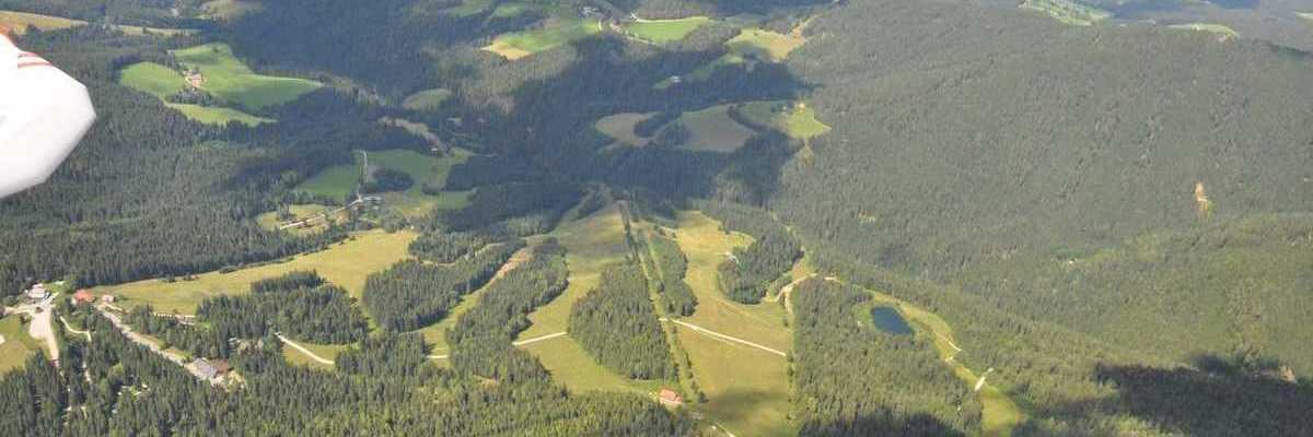 Flugwegposition um 13:23:39: Aufgenommen in der Nähe von Gemeinde Frantschach-Sankt Gertraud, Österreich in 2411 Meter
