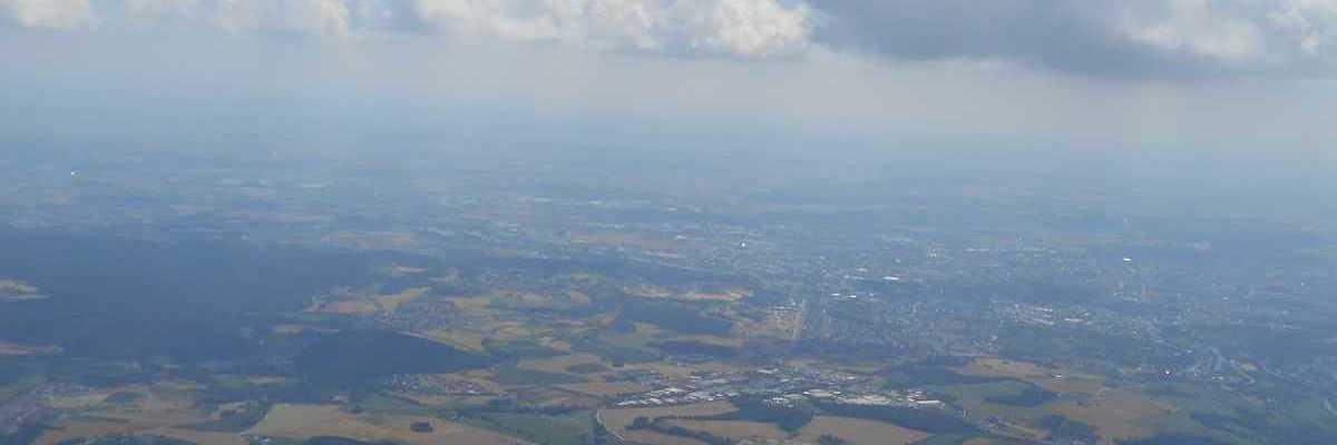 Flugwegposition um 11:44:28: Aufgenommen in der Nähe von Regensburg, Deutschland in 1709 Meter