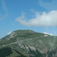 Flugwegposition um 13:03:13: Aufgenommen in der Nähe von Gemeinde St. Gilgen, Österreich in 1581 Meter