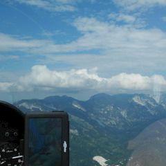 Flugwegposition um 13:09:08: Aufgenommen in der Nähe von Gemeinde St. Gilgen, Österreich in 1780 Meter