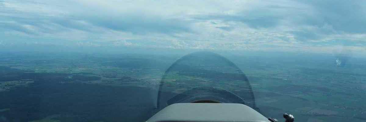 Flugwegposition um 13:51:21: Aufgenommen in der Nähe von Unterallgäu, Deutschland in 1274 Meter