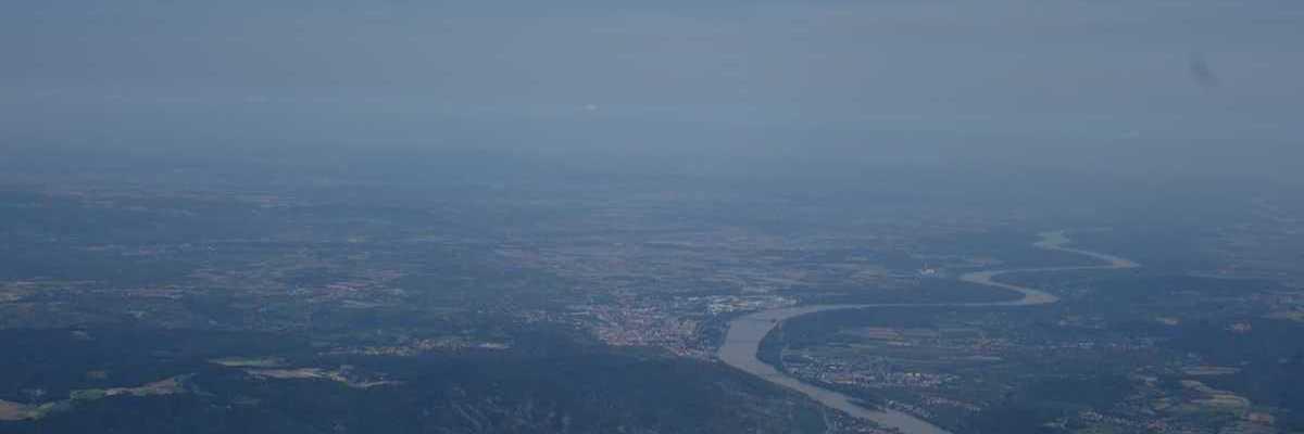 Flugwegposition um 12:26:00: Aufgenommen in der Nähe von Gemeinde Weinzierl am Walde, Österreich in 2083 Meter