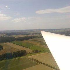 Flugwegposition um 11:38:08: Aufgenommen in der Nähe von Gemeinde Dobersberg, Österreich in 687 Meter