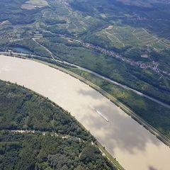 Verortung via Georeferenzierung der Kamera: Aufgenommen in der Nähe von Krems an der Donau, Österreich in 0 Meter