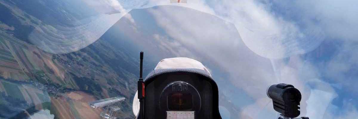 Flugwegposition um 11:02:25: Aufgenommen in der Nähe von Gemeinde Kautzen, Österreich in 1658 Meter