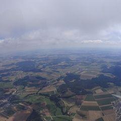 Flugwegposition um 10:14:37: Aufgenommen in der Nähe von Gemeinde Dobersberg, Österreich in 1693 Meter