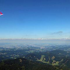 Flugwegposition um 12:48:59: Aufgenommen in der Nähe von Gemeinde Hohenberg, Österreich in 1242 Meter
