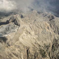 Flugwegposition um 13:18:54: Aufgenommen in der Nähe von Admont, Österreich in 2379 Meter