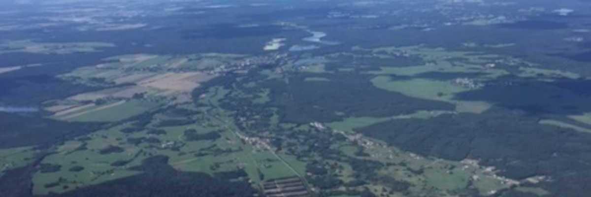 Verortung via Georeferenzierung der Kamera: Aufgenommen in der Nähe von Okres Jindřichův Hradec, Tschechien in 2100 Meter