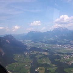 Flugwegposition um 13:41:54: Aufgenommen in der Nähe von Gemeinde Breitenbach am Inn, Österreich in 1601 Meter