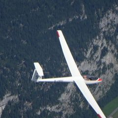 Flugwegposition um 12:29:19: Aufgenommen in der Nähe von Gemeinde Saalfelden am Steinernen Meer, 5760 Saalfelden am Steinernen Meer, Österreich in 2862 Meter