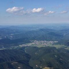 Flugwegposition um 15:01:03: Aufgenommen in der Nähe von Gemeinde Miesenbach, Österreich in 1718 Meter