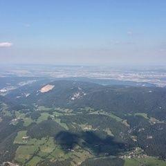 Flugwegposition um 15:01:33: Aufgenommen in der Nähe von Gemeinde Miesenbach, Österreich in 1675 Meter