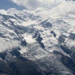 Flugwegposition um 12:46:57: Aufgenommen in der Nähe von Département Haute-Savoie, Frankreich in 2293 Meter