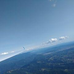 Flugwegposition um 14:13:48: Aufgenommen in der Nähe von 33040 Prepotto, Udine, Italien in 1629 Meter