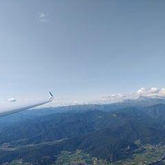 Flugwegposition um 14:15:44: Aufgenommen in der Nähe von 33040 Prepotto, Udine, Italien in 1431 Meter