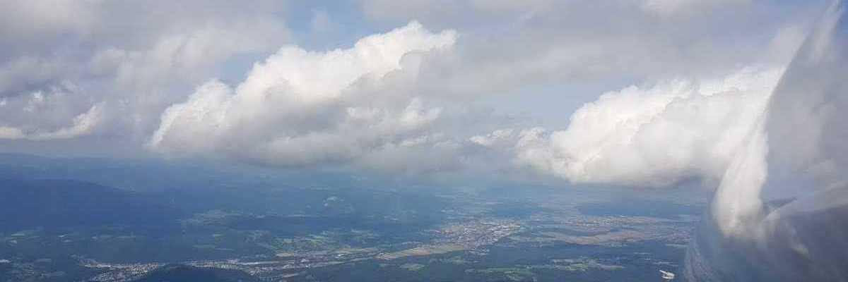 Flugwegposition um 13:01:14: Aufgenommen in der Nähe von Gemeinde Kirchberg am Wechsel, Österreich in 2300 Meter