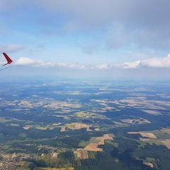 Flugwegposition um 13:36:54: Aufgenommen in der Nähe von Kreis Lenti, Ungarn in 2068 Meter