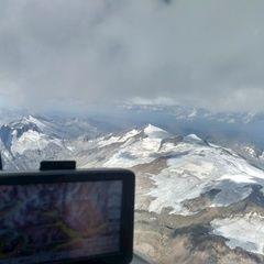 Flugwegposition um 12:50:51: Aufgenommen in der Nähe von Gemeinde Prägraten am Großvenediger, 9974, Österreich in 3981 Meter