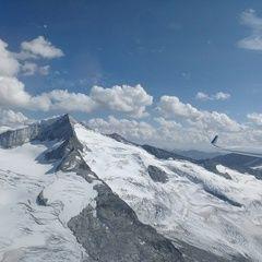 Flugwegposition um 13:52:07: Aufgenommen in der Nähe von Gemeinde Neukirchen am Großvenediger, Österreich in 3245 Meter