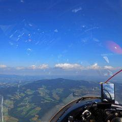Flugwegposition um 12:17:14: Aufgenommen in der Nähe von Gemeinde Pöllauberg, 8225, Österreich in 1542 Meter