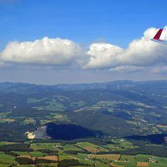 Flugwegposition um 12:46:35: Aufgenommen in der Nähe von Gemeinde Strallegg, Österreich in 1809 Meter