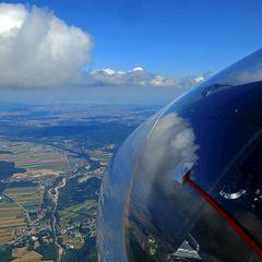 Flugwegposition um 12:13:22: Aufgenommen in der Nähe von Gemeinde Wartmannstetten, 2620, Österreich in 2096 Meter