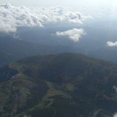 Verortung via Georeferenzierung der Kamera: Aufgenommen in der Nähe von Gemeinde Schwarzau im Gebirge, Österreich in 3000 Meter