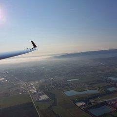 Verortung via Georeferenzierung der Kamera: Aufgenommen in der Nähe von Wiener Neustadt, Österreich in 0 Meter