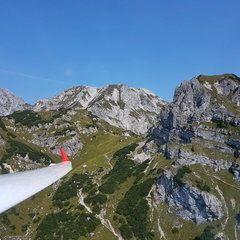 Verortung via Georeferenzierung der Kamera: Aufgenommen in der Nähe von Hall, 8911 Hall, Österreich in 1800 Meter
