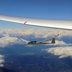 Flugwegposition um 13:18:03: Aufgenommen in der Nähe von Stainz, Österreich in 5685 Meter