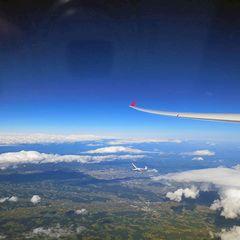 Flugwegposition um 14:23:50: Aufgenommen in der Nähe von Bad Gams, Österreich in 5887 Meter